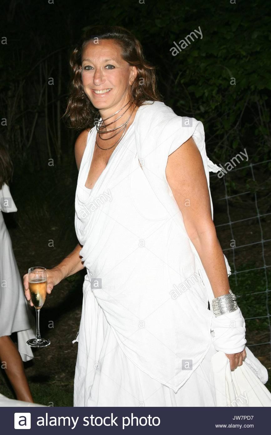 Schön Weiß Parteien Kleiderordnung Bilder - Brautkleider Ideen ...
