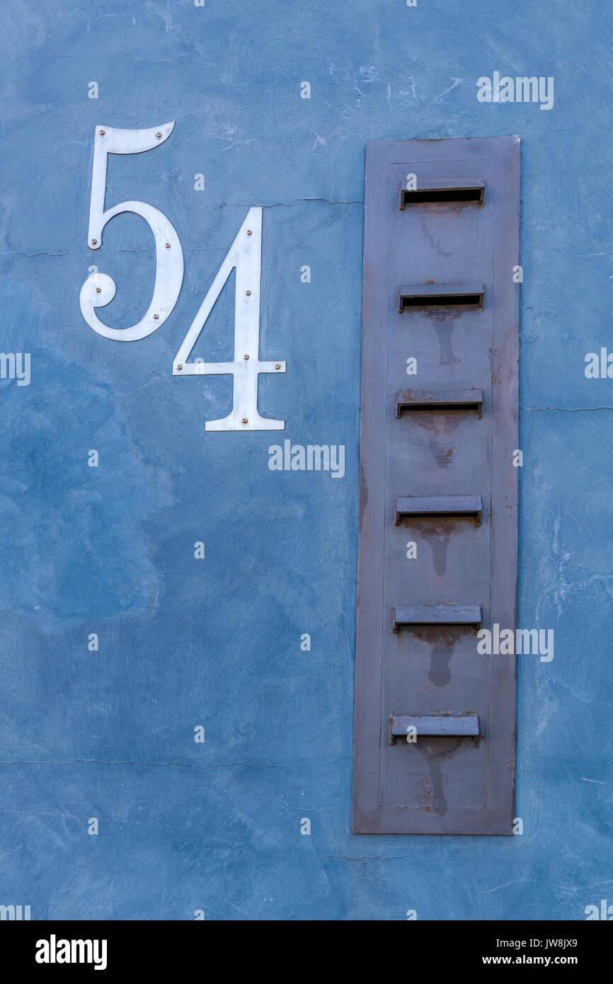 letter slots stockfotos letter slots bilder alamy. Black Bedroom Furniture Sets. Home Design Ideas
