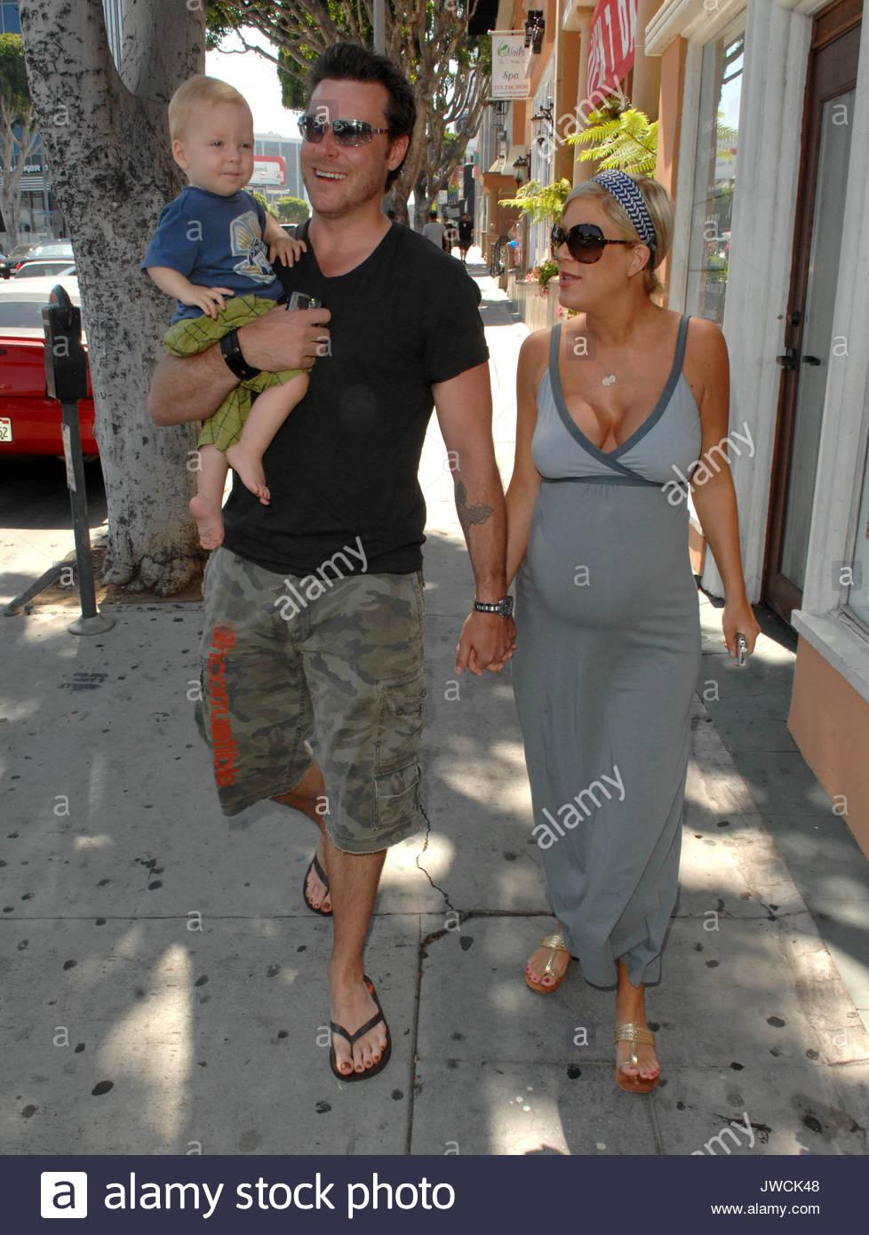 Tori Spelling, Dean McDermott und Sohn Liam. Schwangere Tori ...