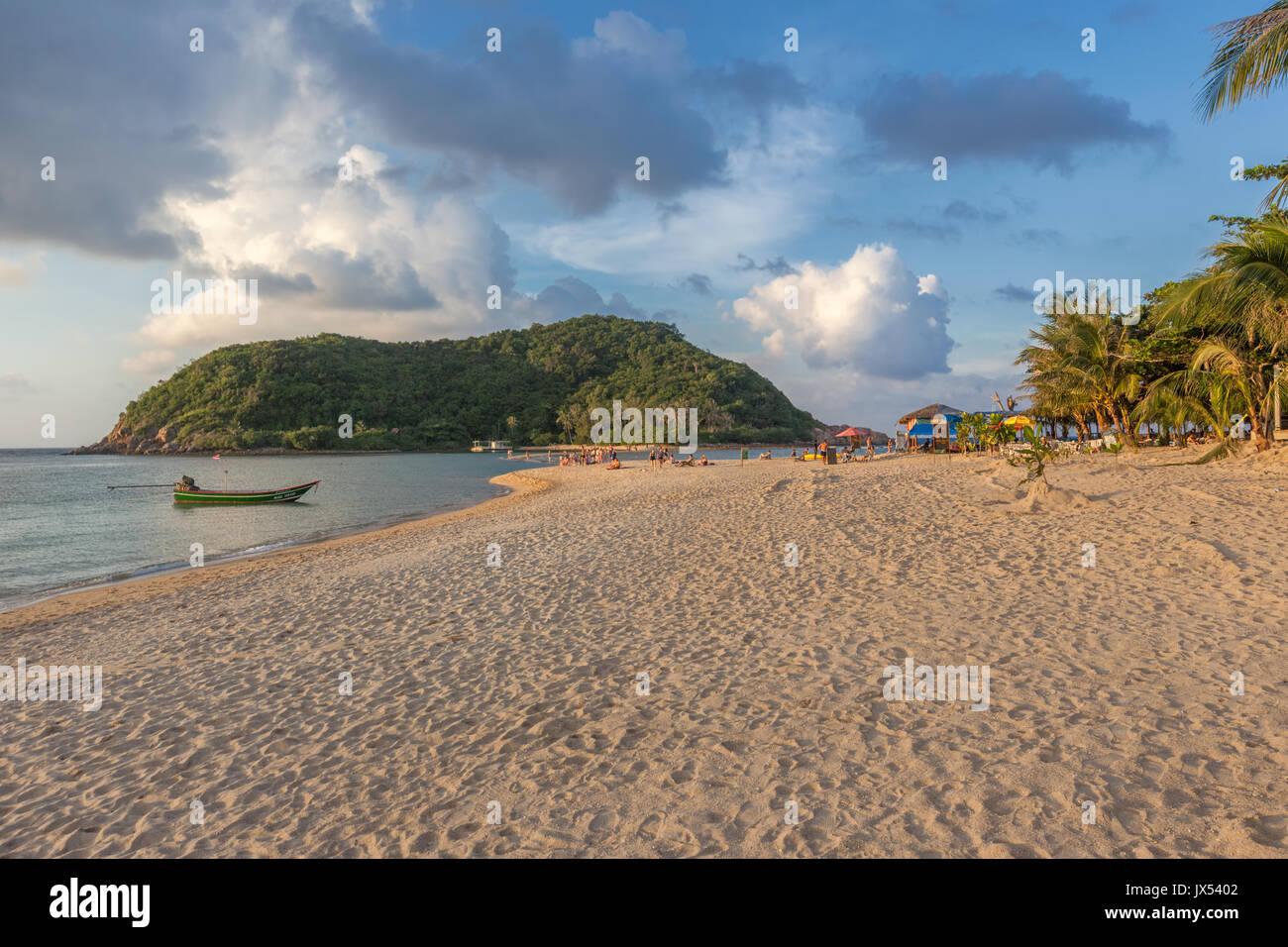 Mae Haad Strand bei Sonnenuntergang, Koh Phangan, Thailand Stockbild