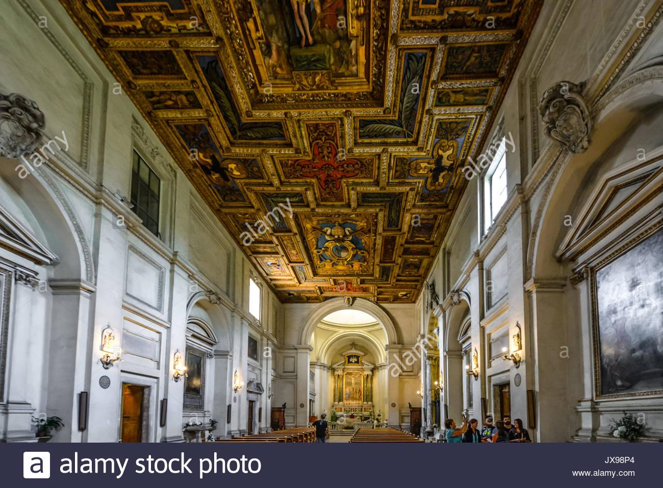 Innenraum der Kirche des Heiligen Sebastian in den Katakomben von San Sebastiano in Rom Italien Stockfoto