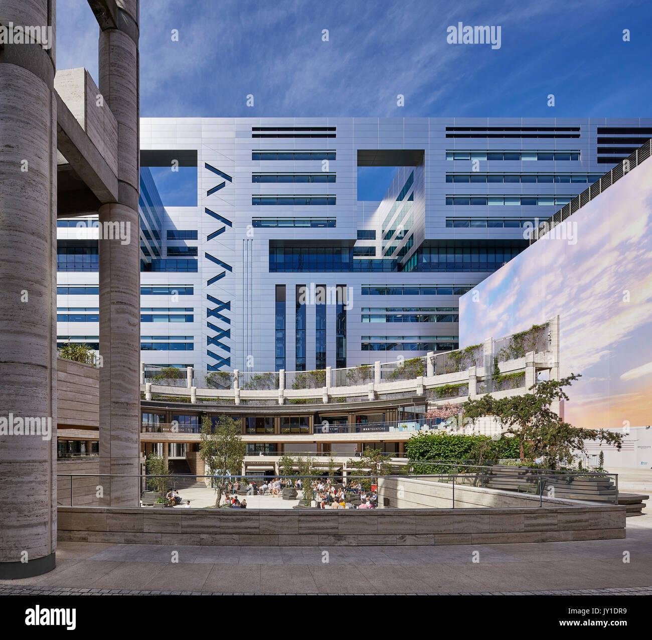 Architekten Suchen blick einer anhöhe über dem kreis gegenüber ubs bank suchen