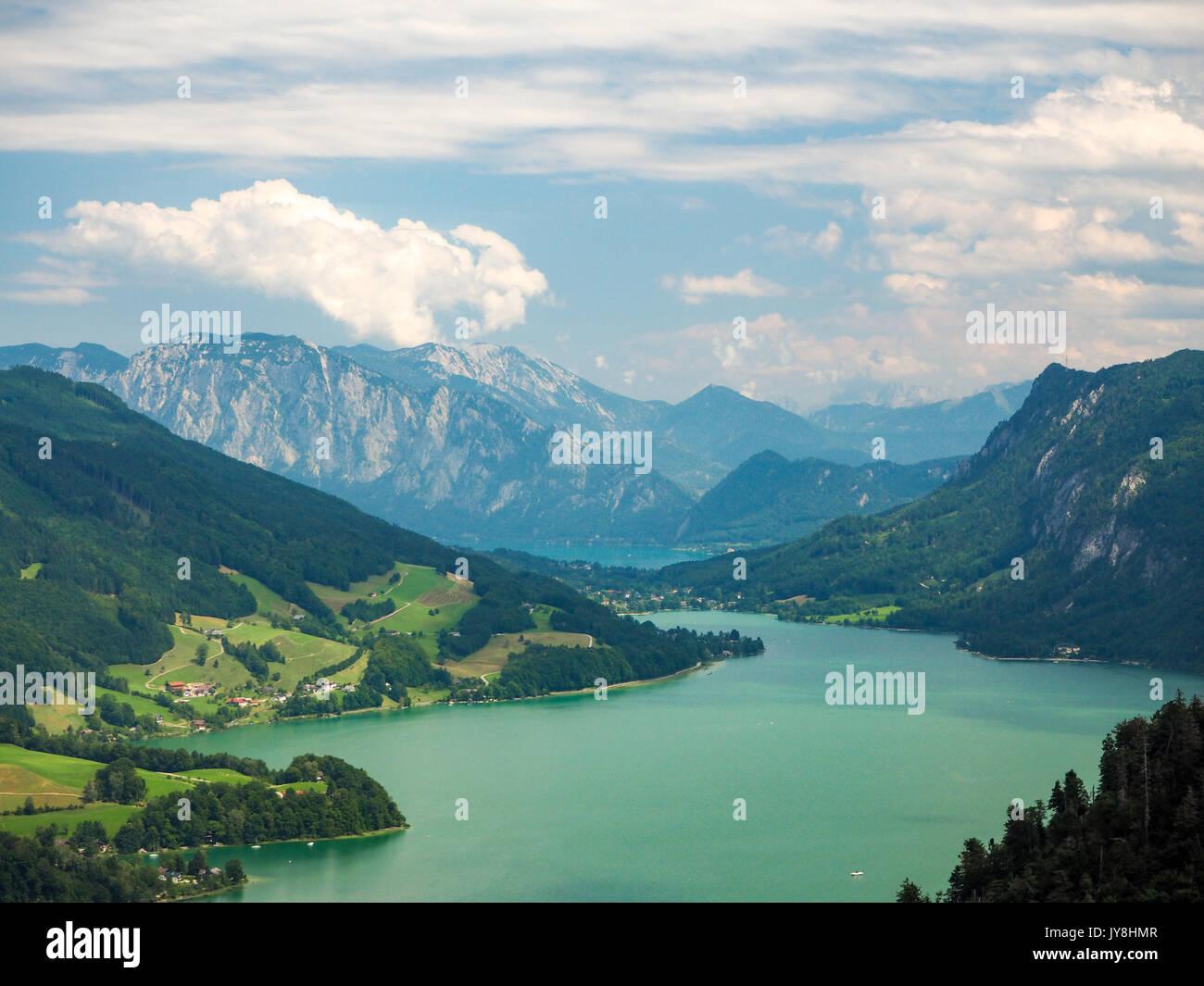 Klettersteig Mondsee : Mondsee und attersee blick von der drachenwand rock klettersteig