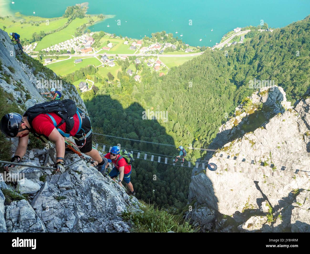 Klettersteig Mondsee : Mondsee und attersee alpen Österreich europa sommer