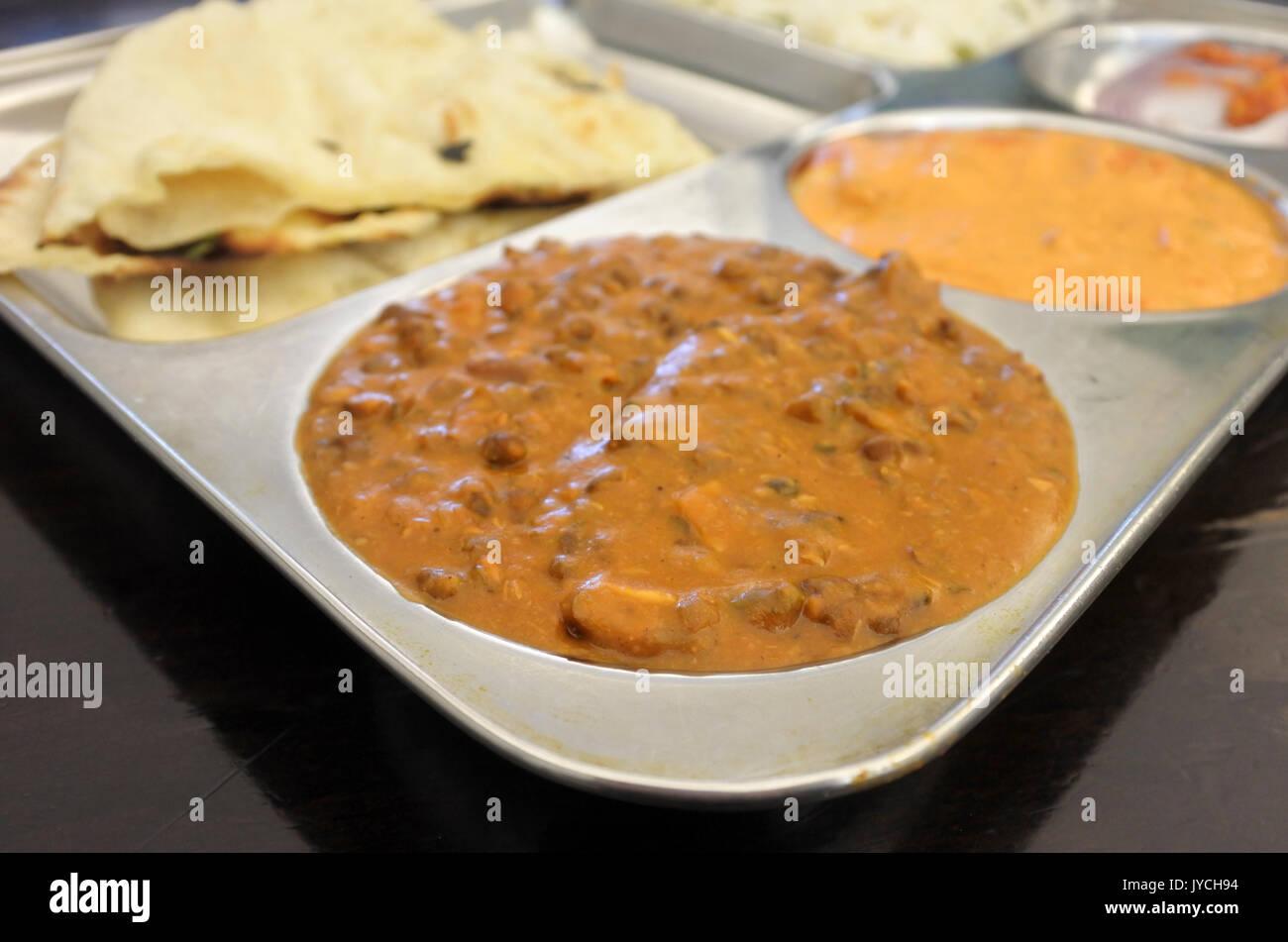 Indische Küche vegetarische Gericht von Linsensuppe Dal, Reis ...