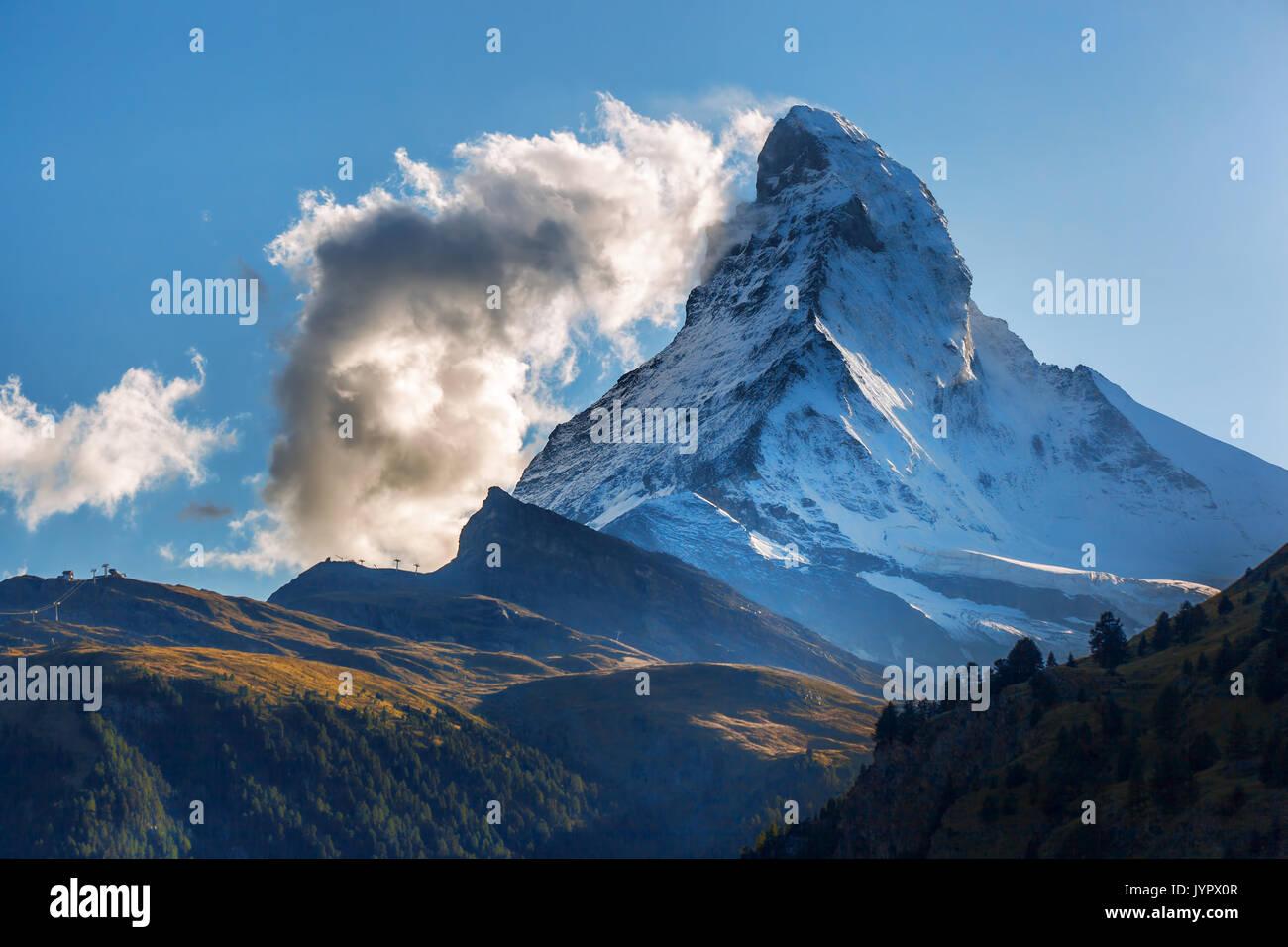Matterhorn gegen Sonnenuntergang in den Schweizer Alpen, Zermatt, Schweiz Stockbild