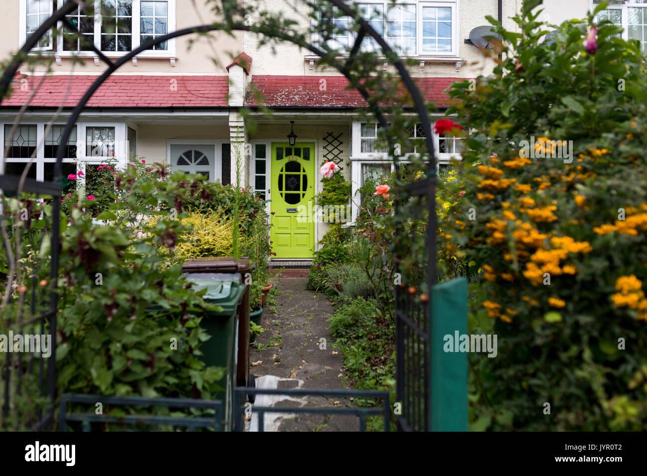 Blick Auf Die Blumen Im Vorgarten In Leytonstone East London