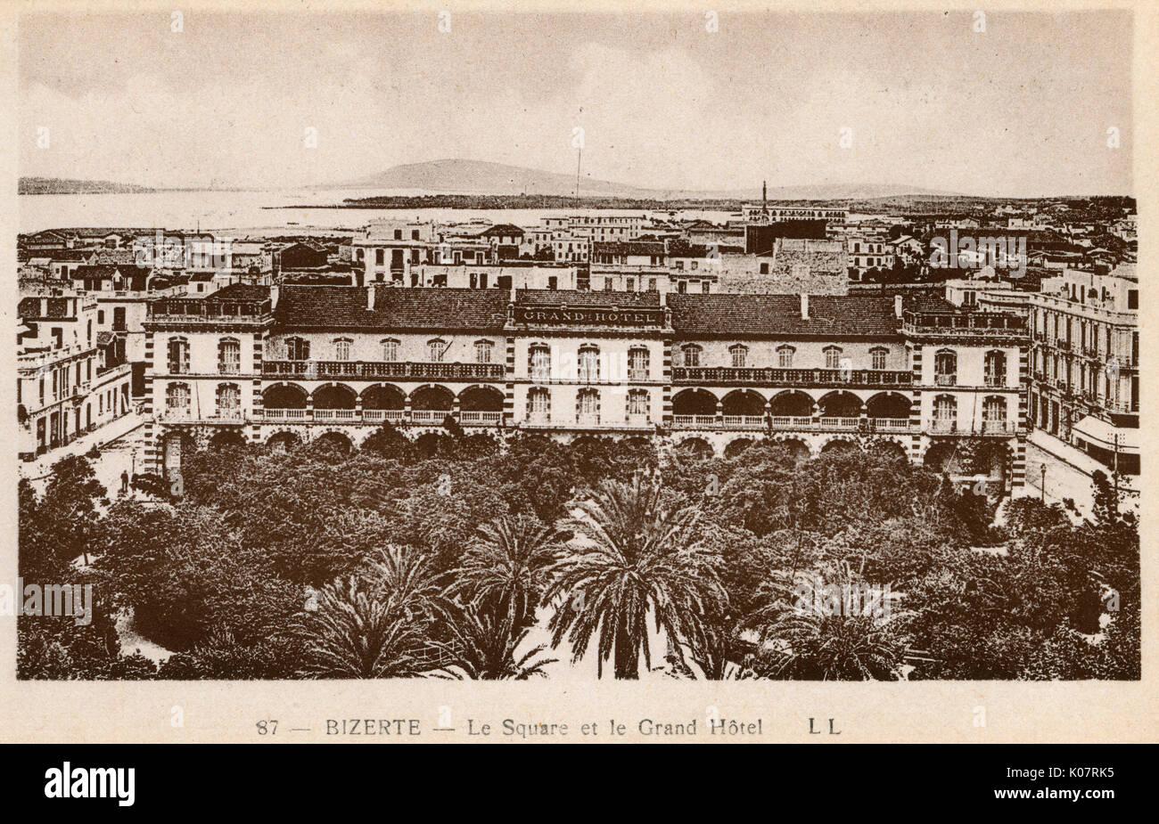 Luftaufnahme Des Grand Hotel Auf Einem Baum Platz Gefullt Bizerte Bizerta Tunesien Und Nordafrika Datum Ca 1920 Stockfotografie Alamy