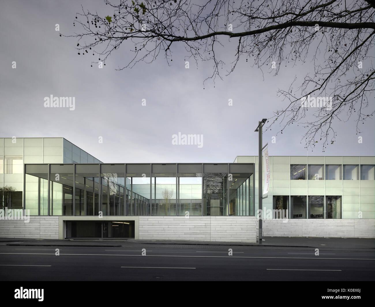 H he mit verglasten flur museum folkwang essen - Architekt essen ...
