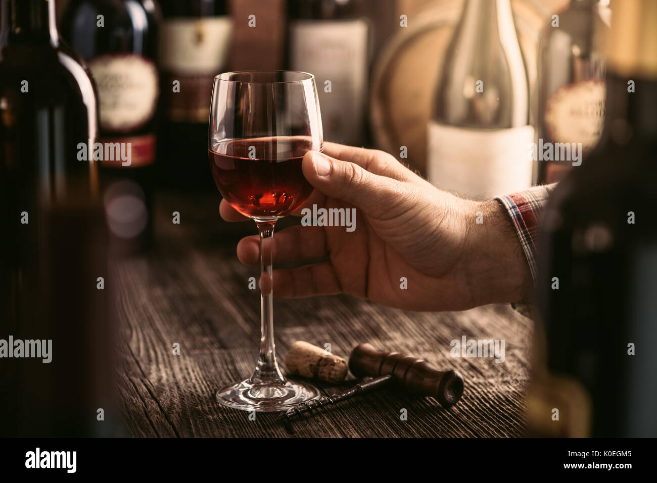 In A Wine Glass Stockfotos & In A Wine Glass Bilder - Seite 63 - Alamy