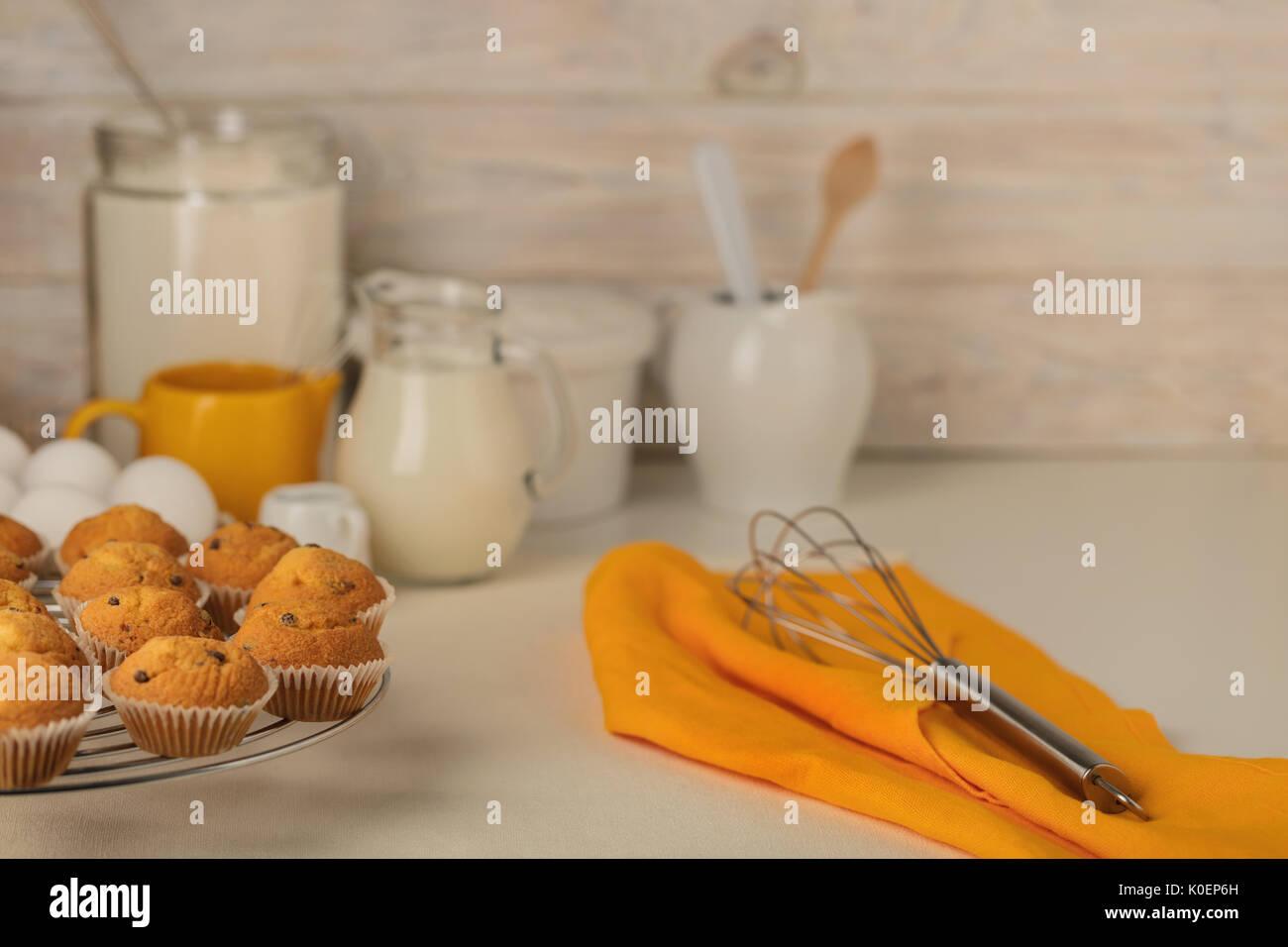 Küchengeräte, Werkzeuge und Produkte für die Capcake (Muffins) auf ...