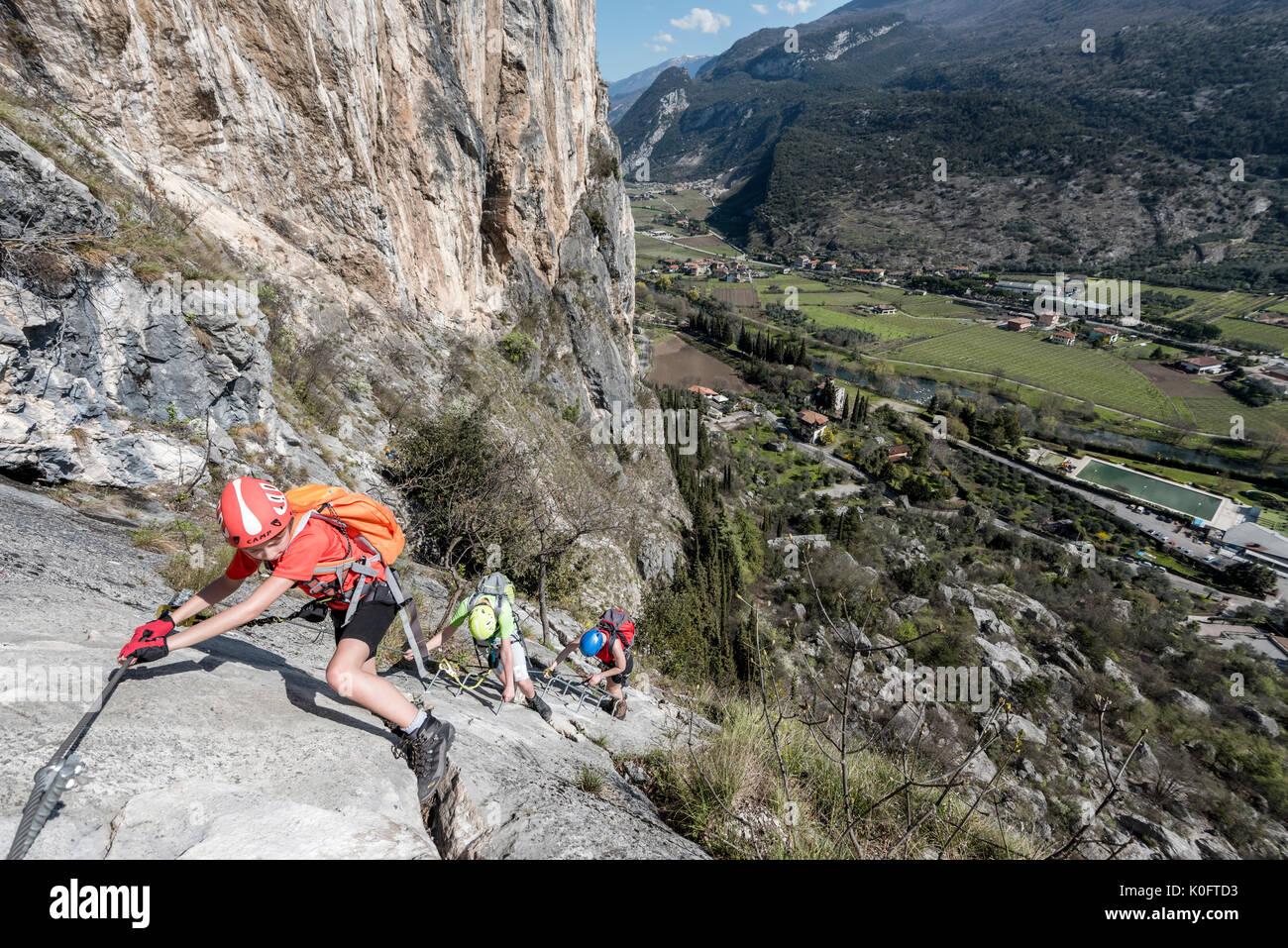 Klettersteig Arco : Klettersteigwoche am gardasee mountain sports zillertal