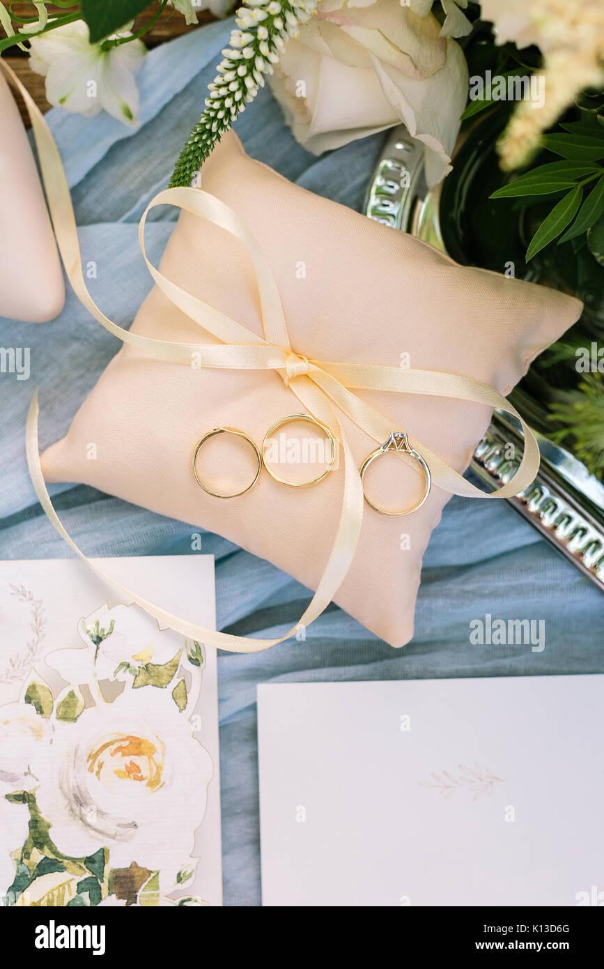 Geschenk überraschung Hochzeit Konzept Schöner Blick Von