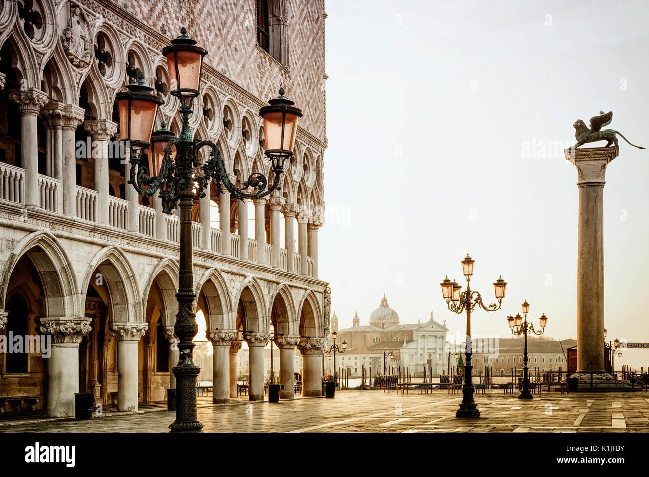 St. Markusplatz in Venedig, Italien. Stockbild