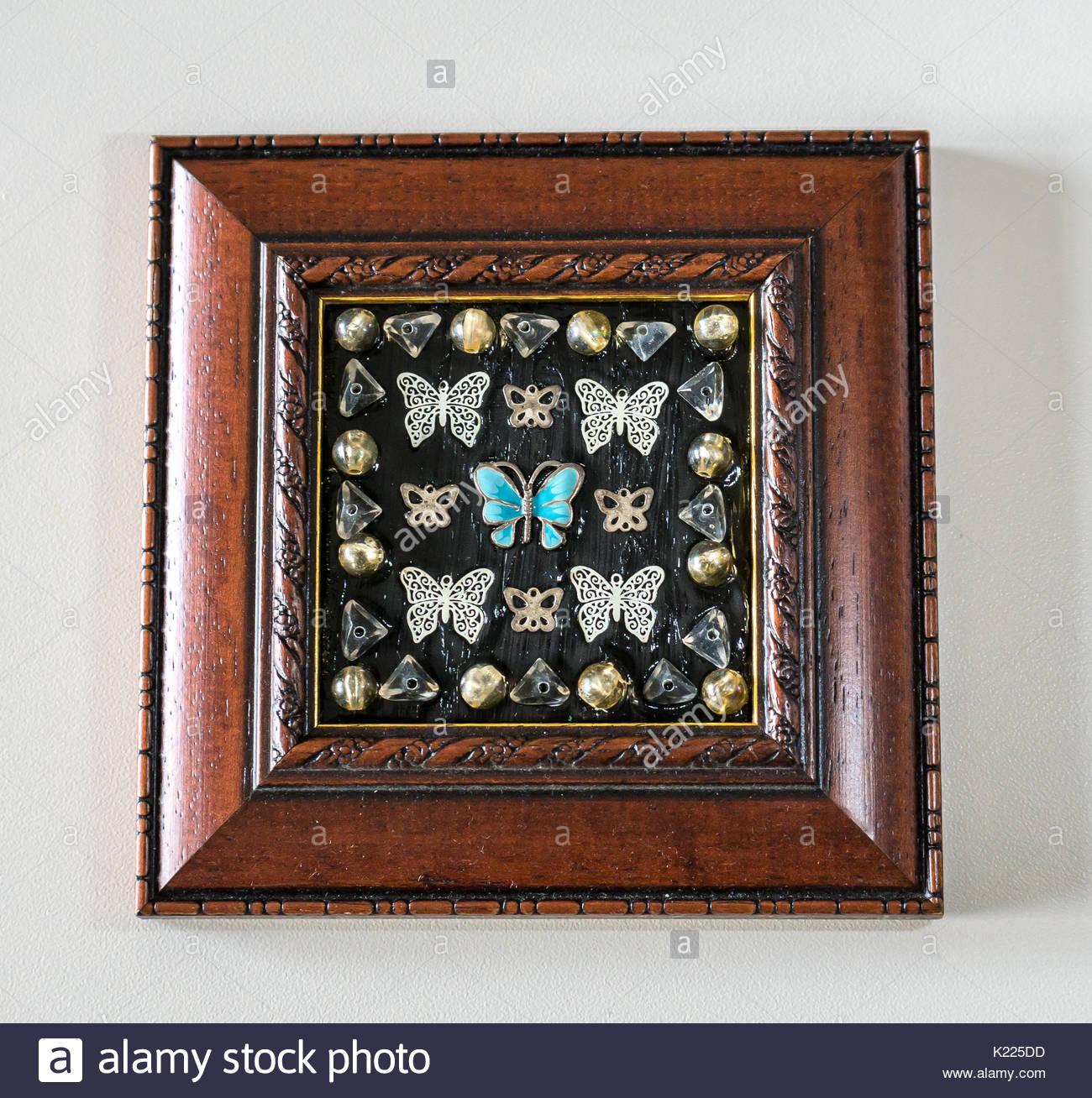 Handgefertigte Kunst mit Schmetterling schmuck Stücke eine gerahmte ...