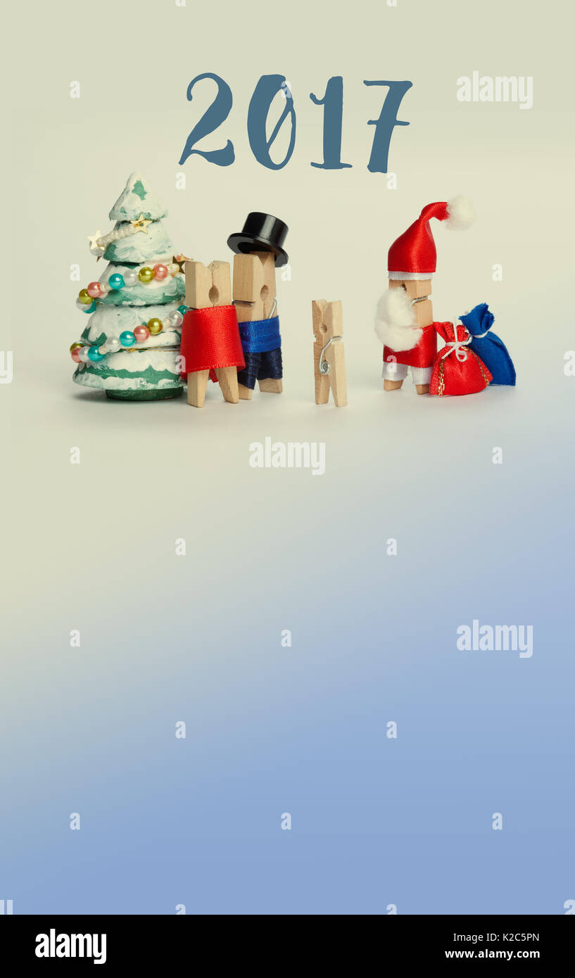 Neues Jahr Einladung Plakat Vorlage. Holz wäscheklammer Familie mit ...