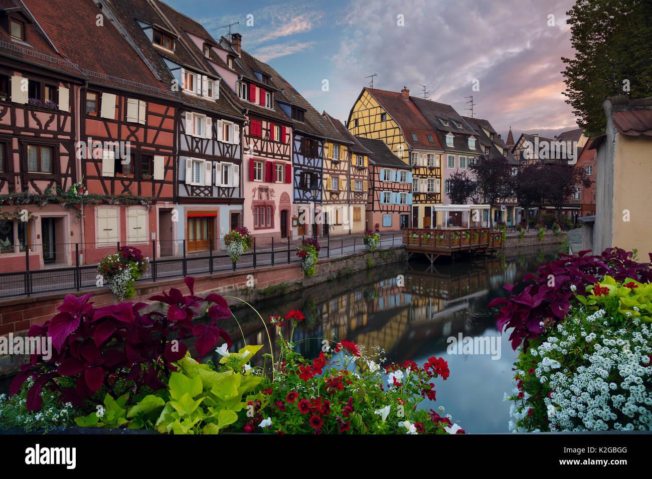 Stadt von Colmar. Stadtbild das Bild der Altstadt von Colmar, Frankreich während des Sonnenuntergangs. Stockbild
