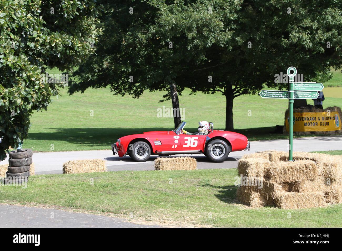 1985 AC Cobra in der Zeit Versuche an der Motorsport im Palace in Süd- London England 27 08 2017 konkurrierenden Stockbild