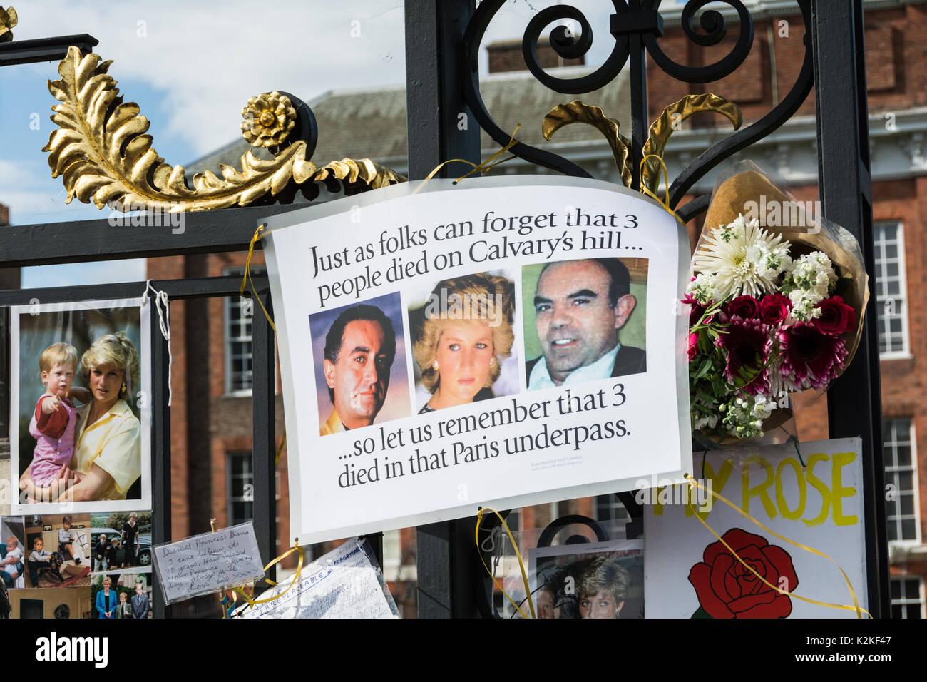 Ein Foto von Prinzessin Diana, Dodi Al-Fayed und Henri Paul, außerhalb der Kensington Palace, am zwanzigsten Jahrestag ihrer, und ihr Tod in den tödlichen Autounfall in Paris. Stockbild