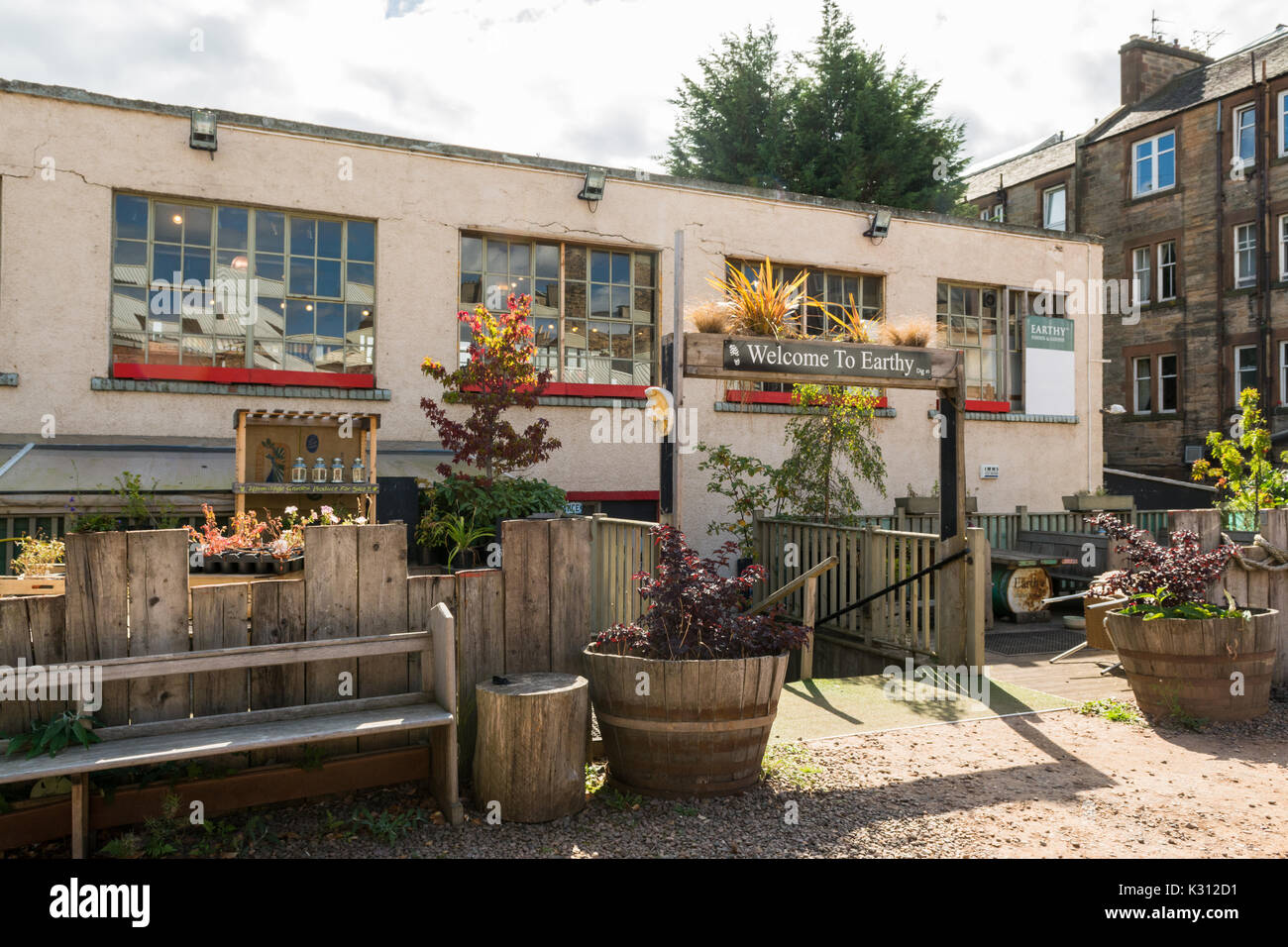Erdige Essen nachhaltige Lebensmittelgeschäft, Causewayside, Edinburgh Southside, Schottland, Großbritannien Stockbild