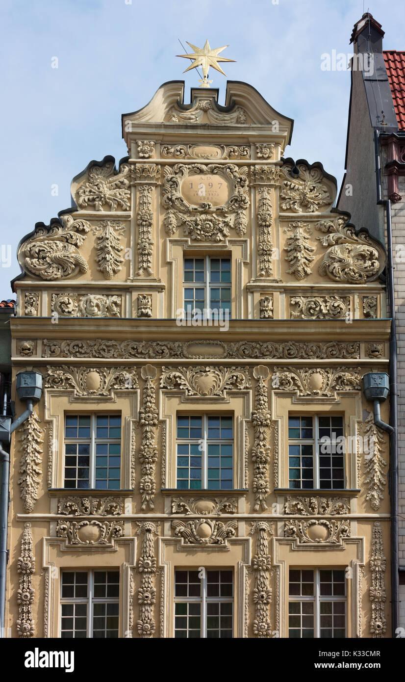 Fassade der Sterne Haus in Torun Hauptplatz. Es gilt als eines der besten Beispiele eines reichen Burgher Haus. Stockbild