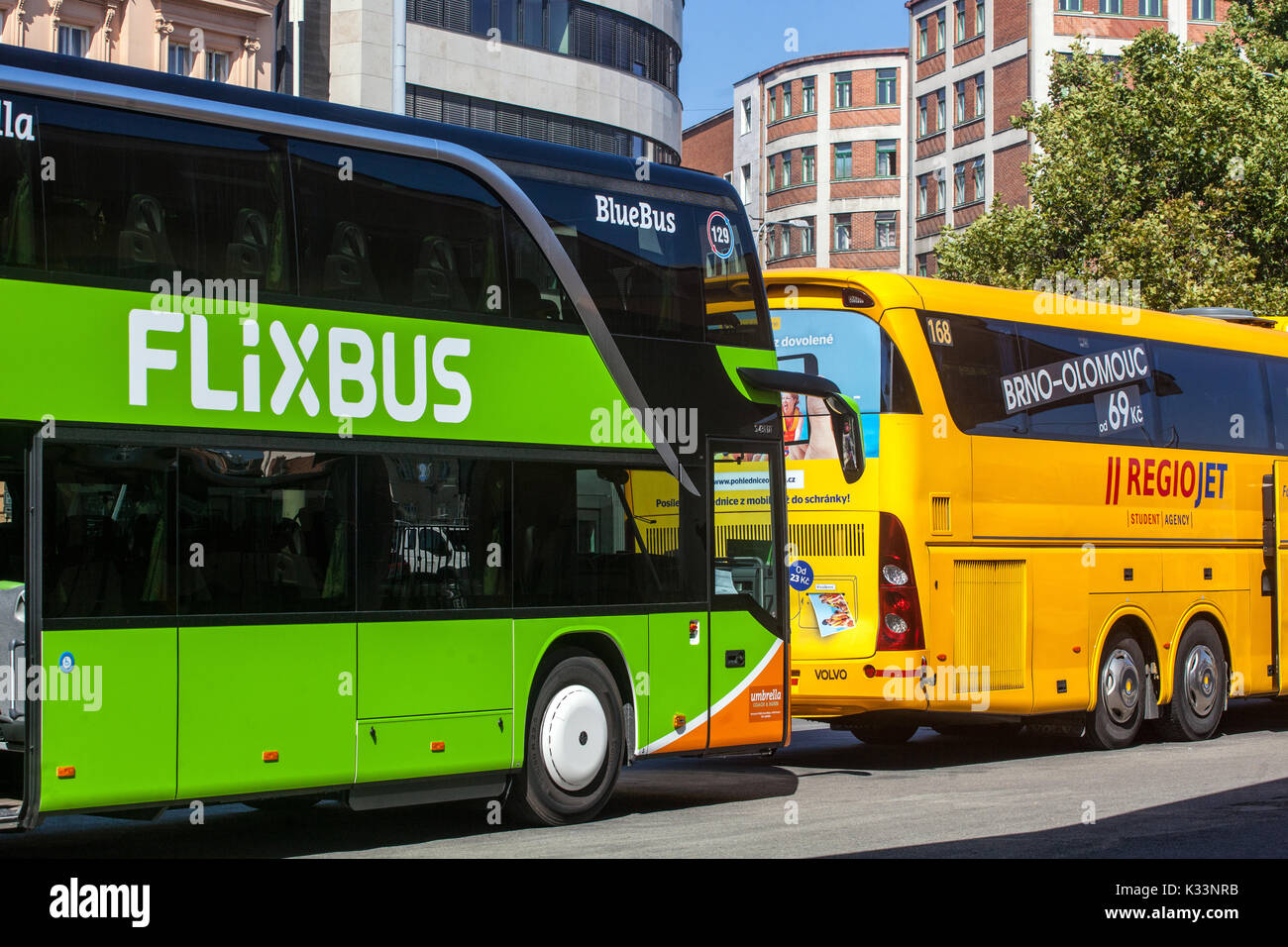 flixbus stockfotos flixbus bilder seite 2 alamy. Black Bedroom Furniture Sets. Home Design Ideas
