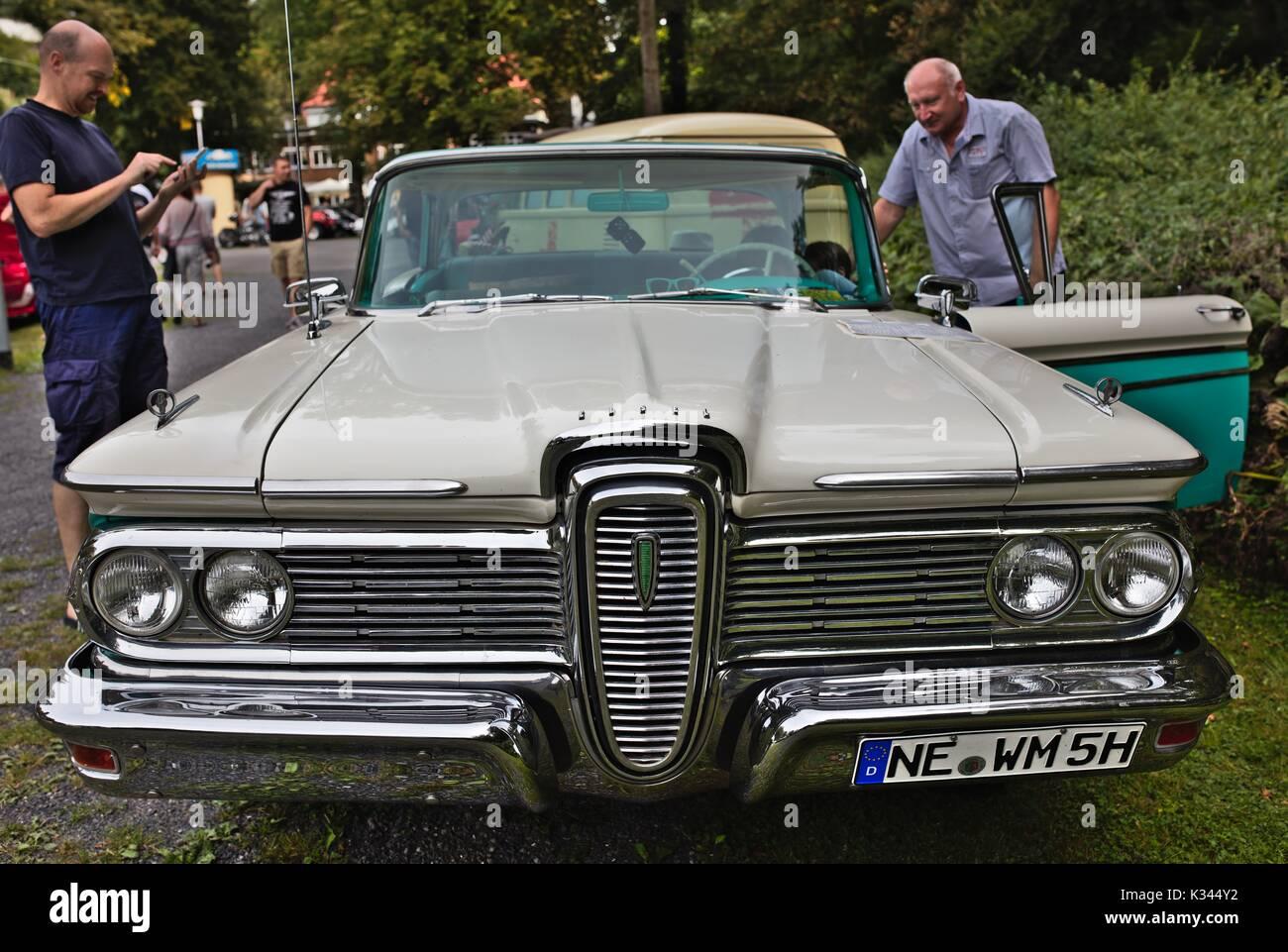 Edsel Ranger auf kleinen Classic Car Show, Deutschland Stockbild