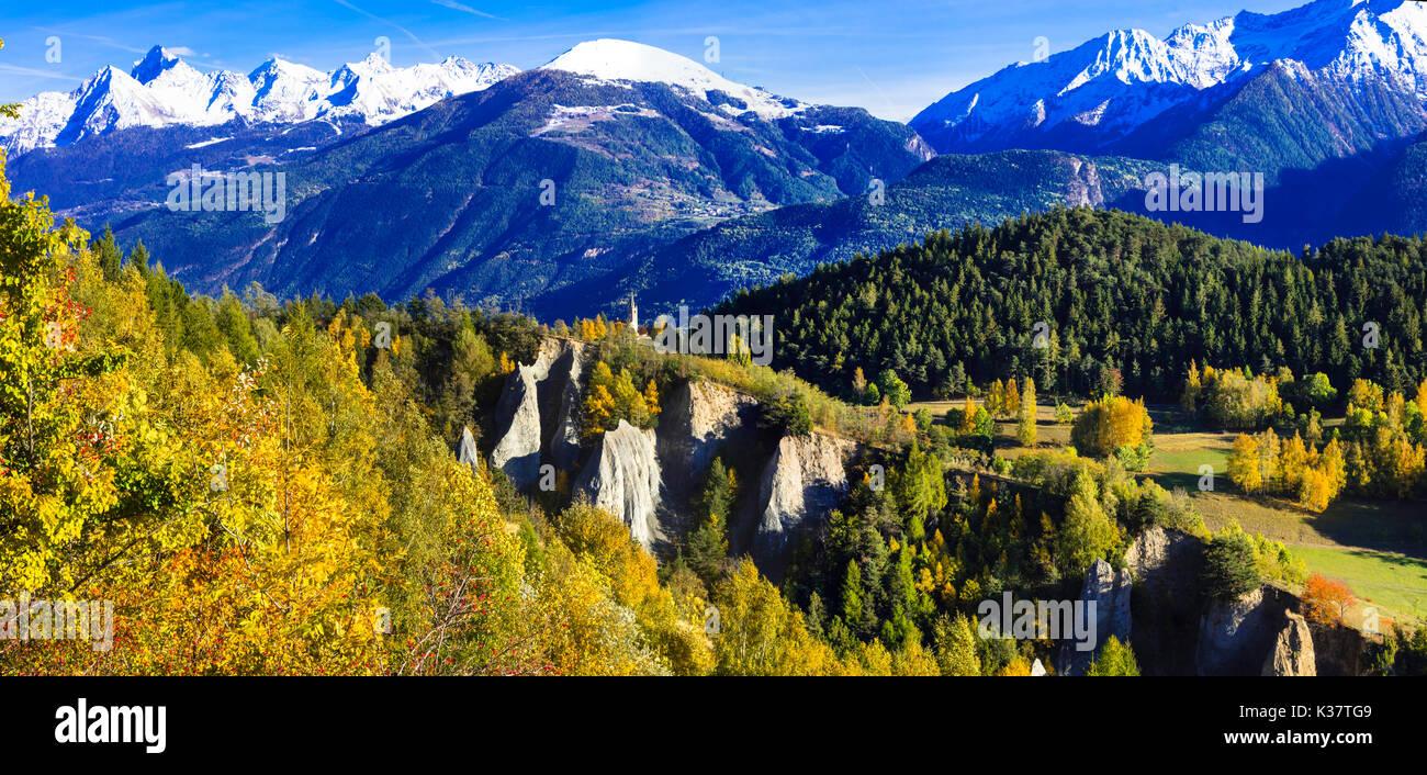Beeindruckende Berglandschaft, Norditalien, Panoramaaussicht. Stockbild