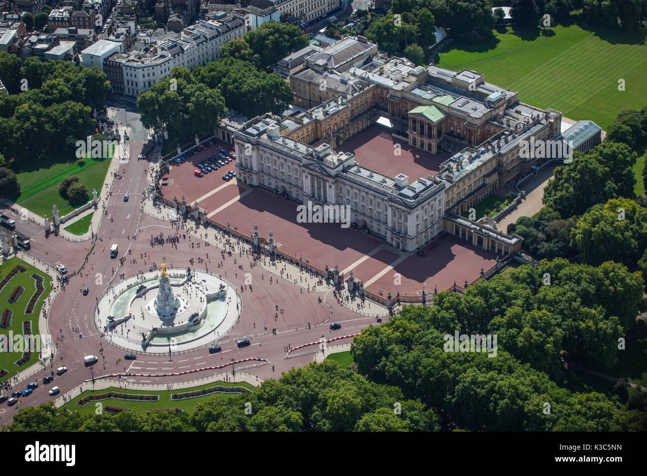 Antenne des Buckingham Palace - Zum 20. Jahrestag von Prinzessin Dianas Tod genommen - 31. August 2017 von Hubschrauber in London. Stockbild
