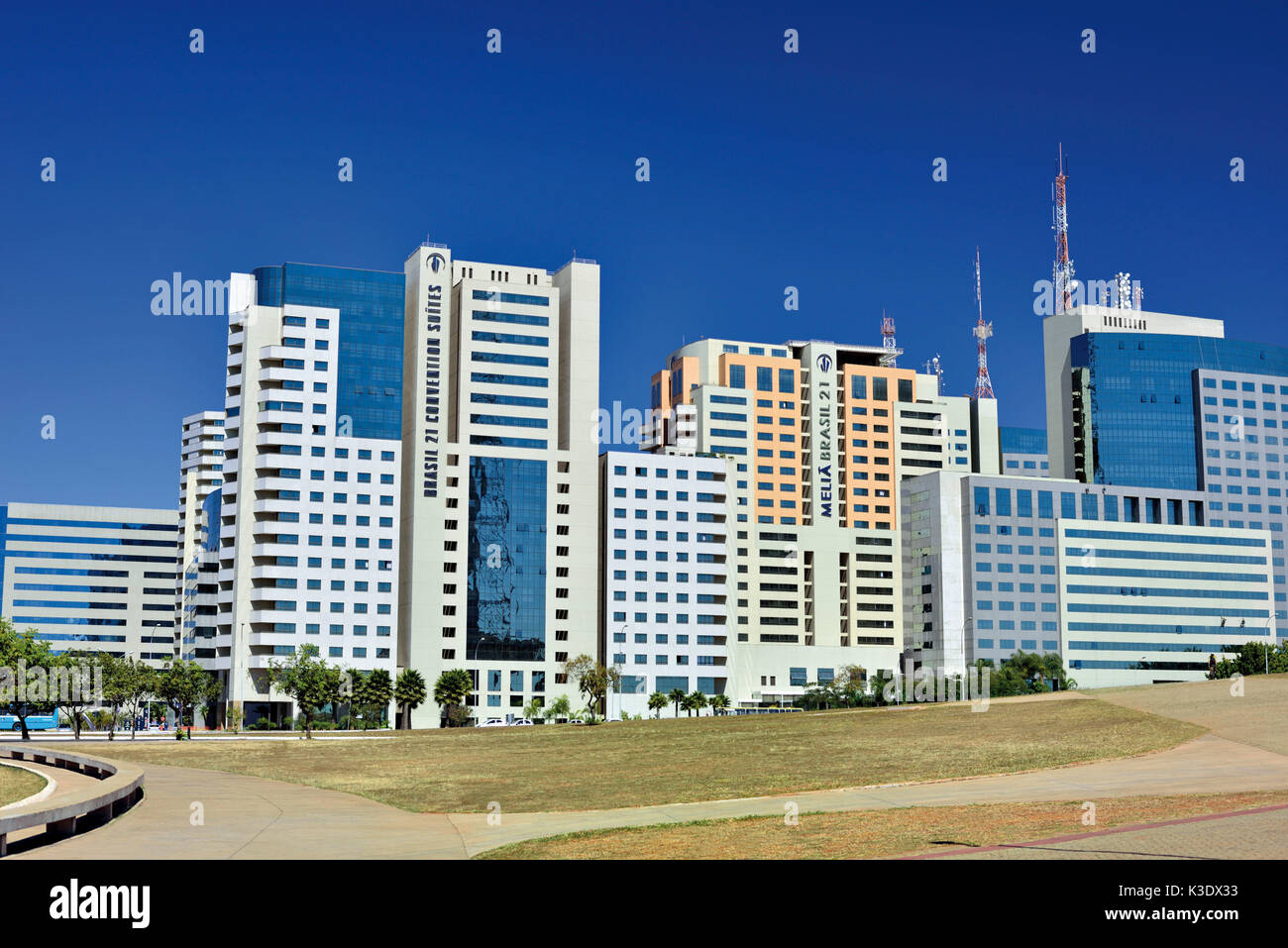Brasilien, Brasilien, zeitgenössische Architektur mit Hotel und Business Towers des Nordflügels, Stockbild