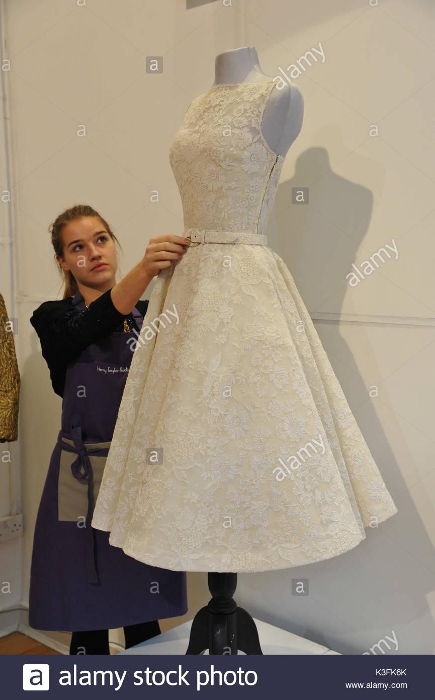 Audrey Hepburn Dress. Chiffon Kleid getragen von Amy Winehouse auf ...