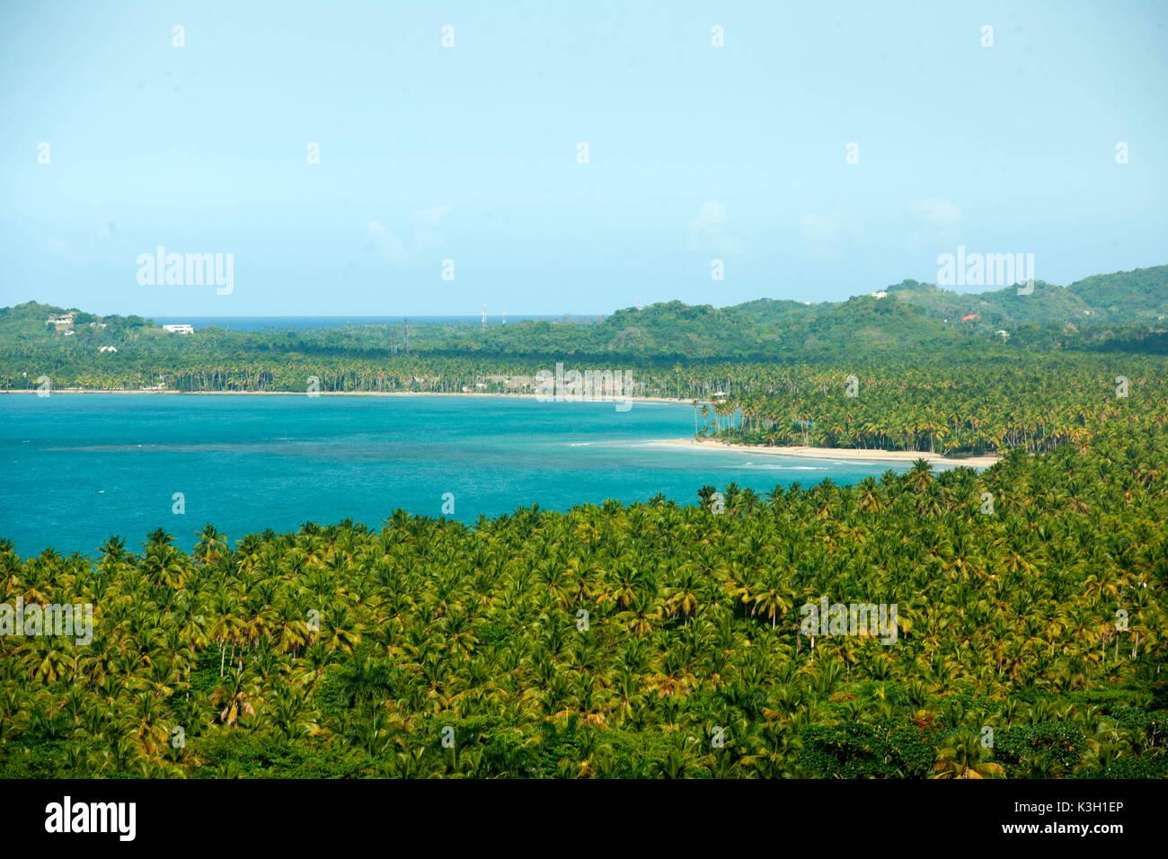 Die Dominikanische Republik, Halbinsel Samana, Las Terrenas, Blick auf den Aussichtspunkt am Boulevard Turistico del Atlantico an der Nordküste in der Nähe von Las Terrenas Stockbild