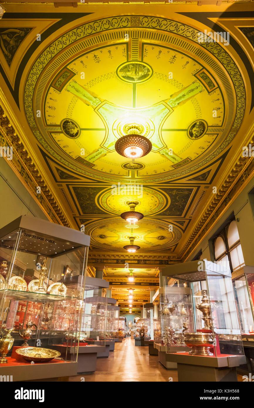 England, London, Kensington, Victoria und Albert Museum aka V&A, die whitley Galerien, Besteck Stockbild