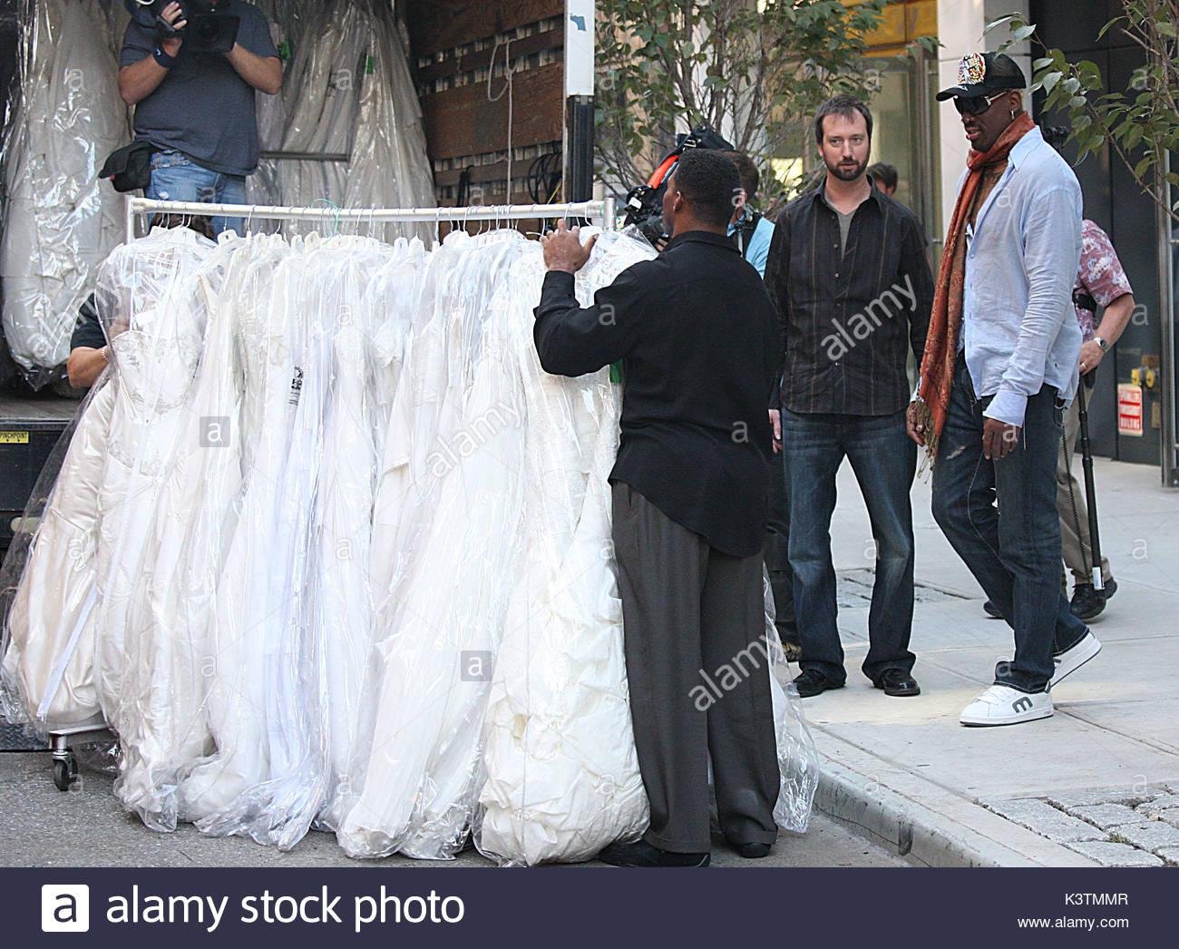 Nett Khloe Kardashian Brautkleid Fotos - Brautkleider Ideen ...