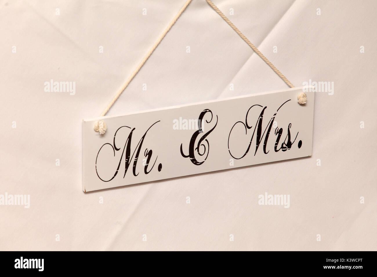 Schild, Herr und Frau, Mister und Misses, Hochzeit, Ehe Stockbild