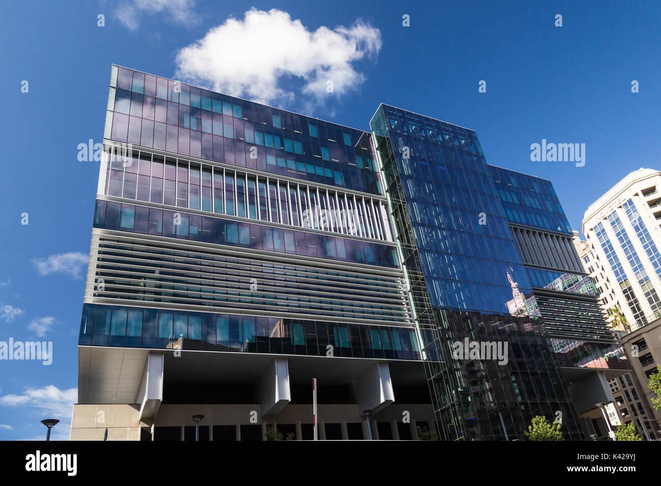 Dieses Gebäude 180 Thomas Street, Haymarket, Sydney wurde von den Architekten Bates Smart entwickelt. Sein ziemlich Stockfoto