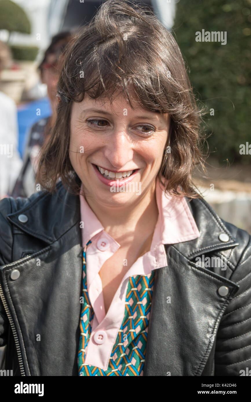 Eliza Hittman, Direktor der Strand Ratten und Sundance Preisträger, Autogramme auf der 43 Deauville American Film Festival, am 2. September, 2. Stockbild