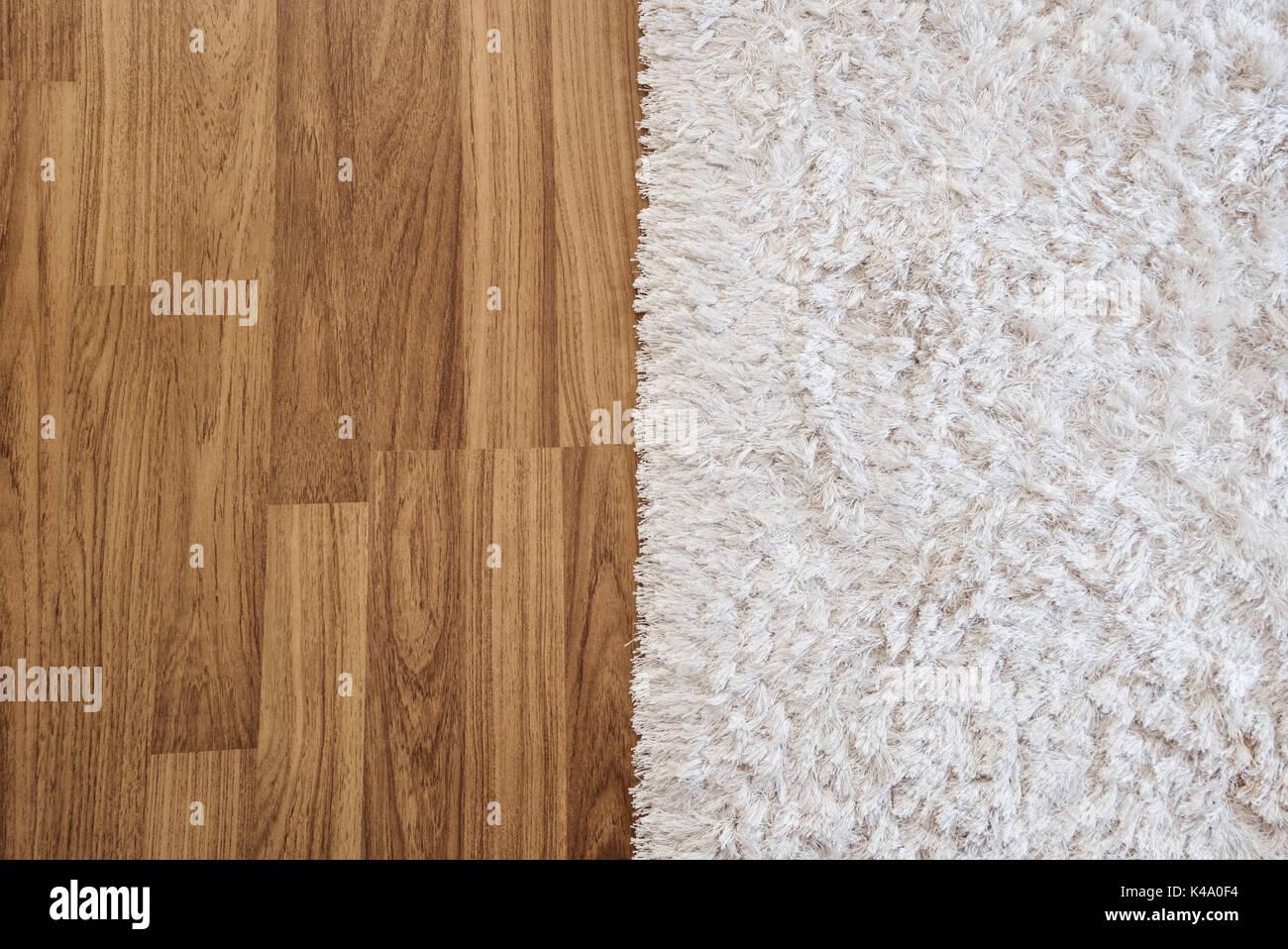Close-up Luxus weißen Teppich Laminat Parkett im Wohnzimmer ...