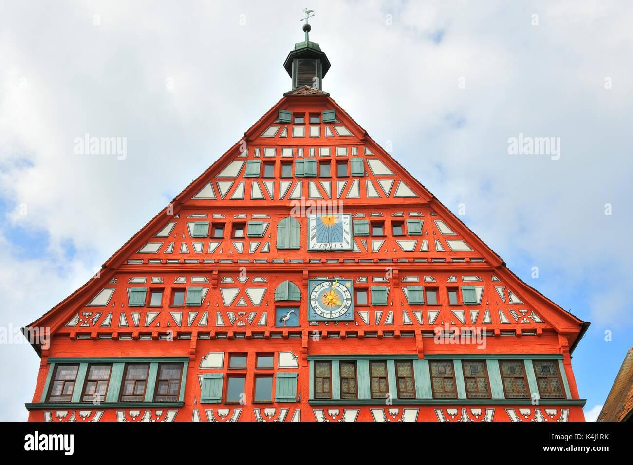 Giebel, Rathaus, historische halbe Fachwerkhaus Haus, Marktplatz, Grossbottwar, Baden-Württemberg, Deutschland Stockbild