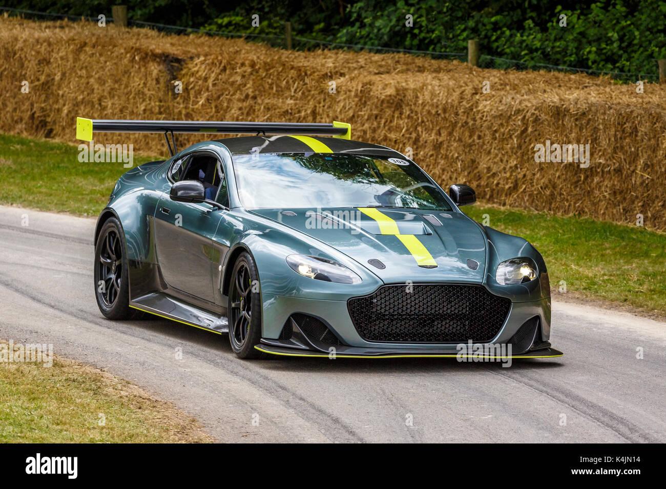 2017 Aston Martin Vantage Amr Pro Am Goodwood Festival 2017 Von Geschwindigkeit Sussex Uk Stockfotografie Alamy