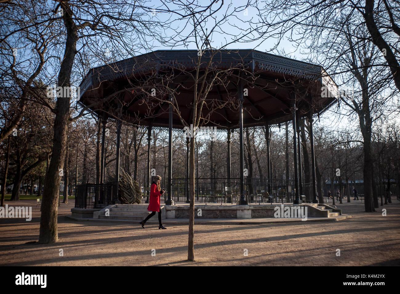 Jardin En Paris Stockfotos & Jardin En Paris Bilder - Alamy
