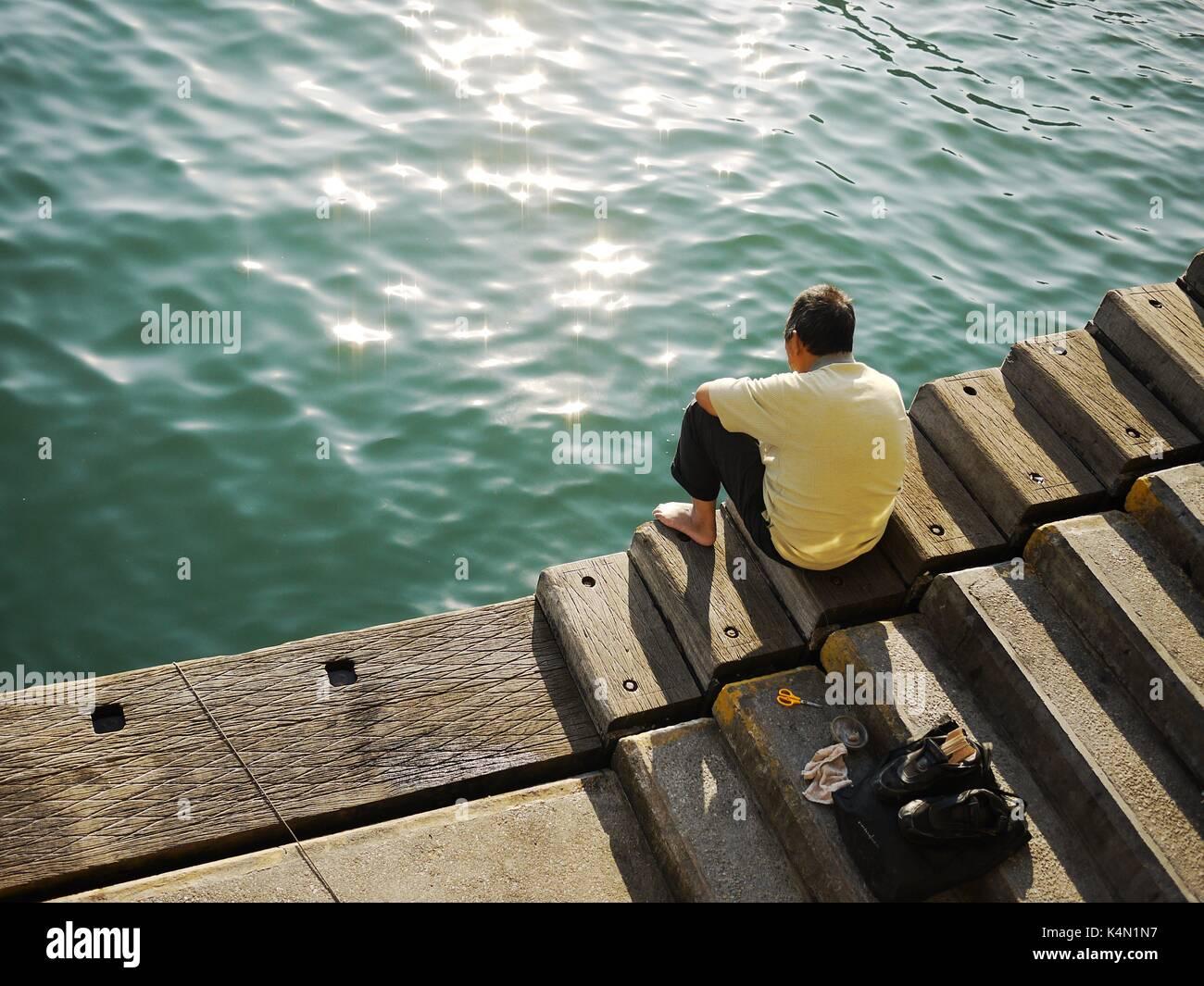 alte Mann und das Meer Stockfoto