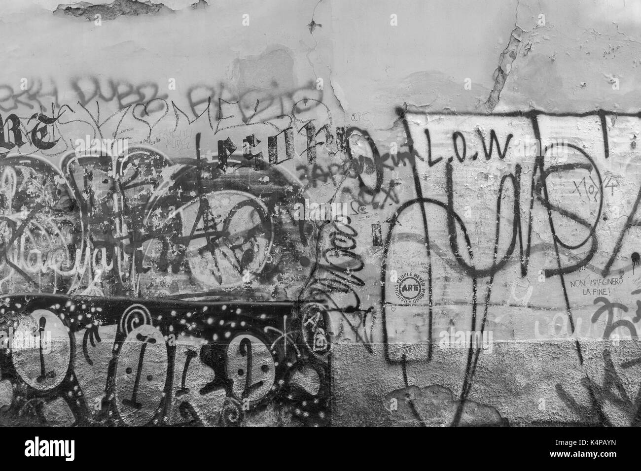 graffiti tags stockfotos graffiti tags bilder alamy On spruhfarbe wand