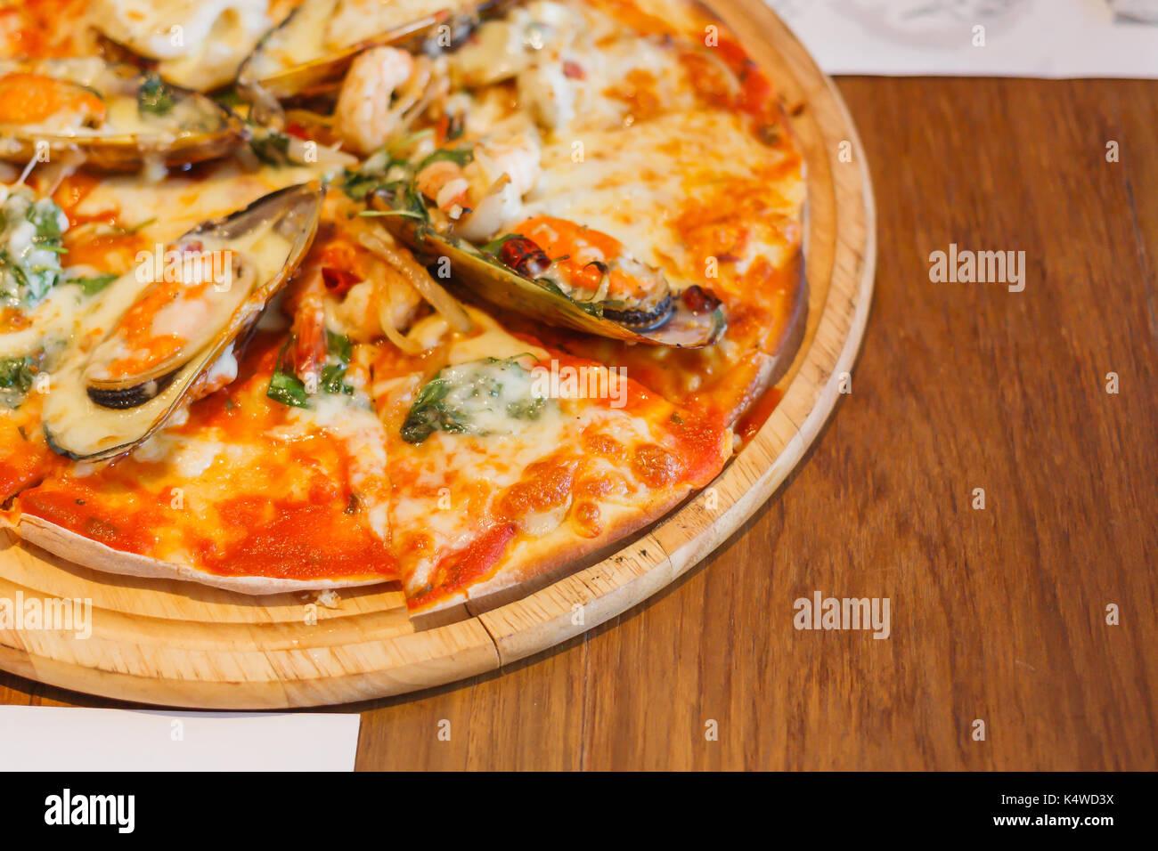 Pizza Restaurant Oven Stockfotos & Pizza Restaurant Oven Bilder - Alamy