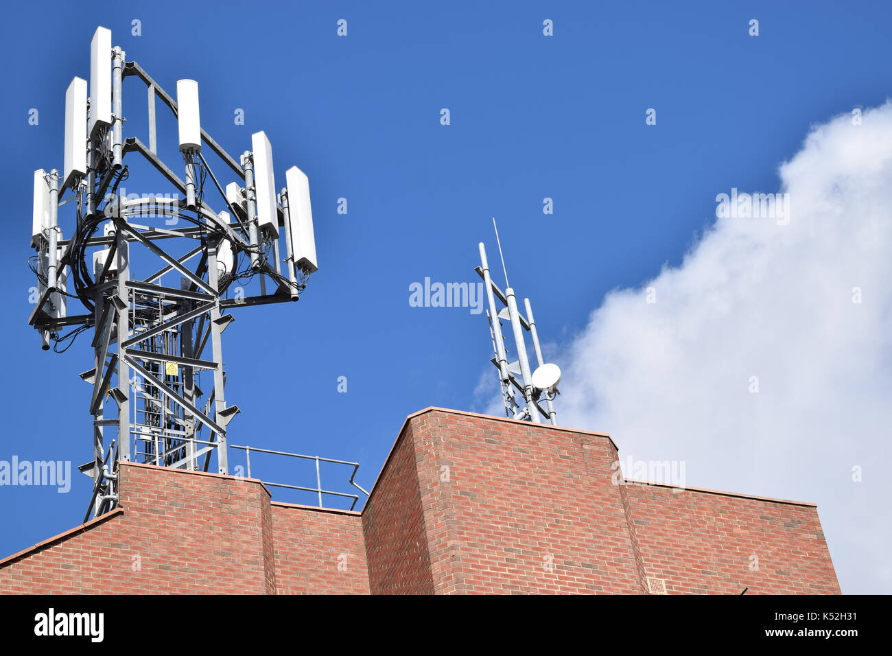 Cable Wires House Stockfotos & Cable Wires House Bilder - Alamy