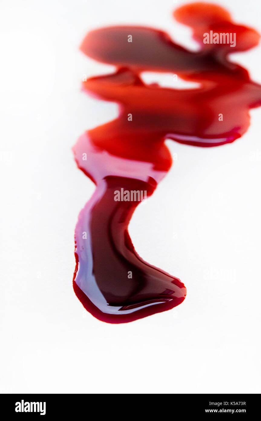 Pool von Blut isoliert Stockbild