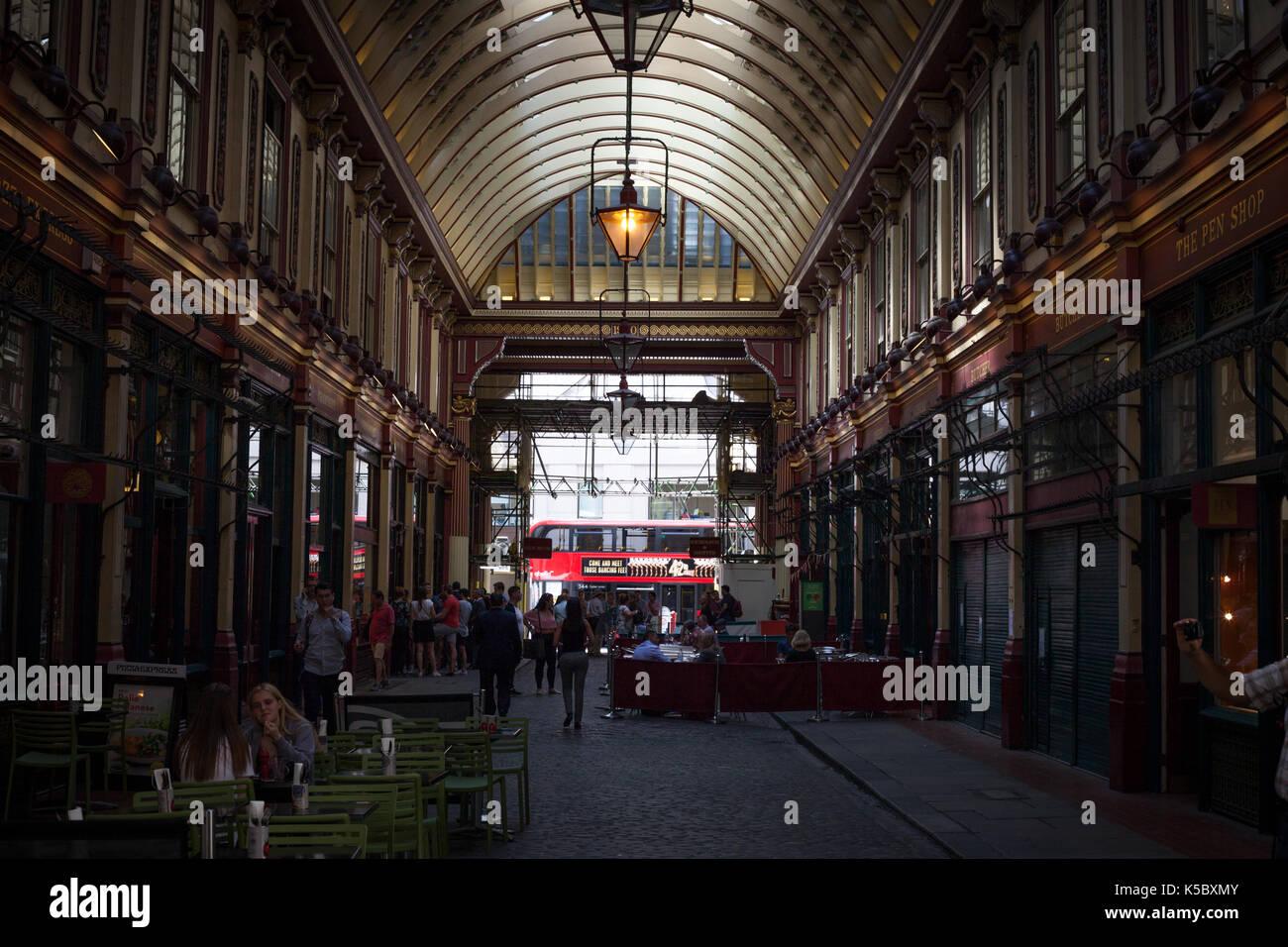 Lichter in Leadenhall Market, London, England Stockbild