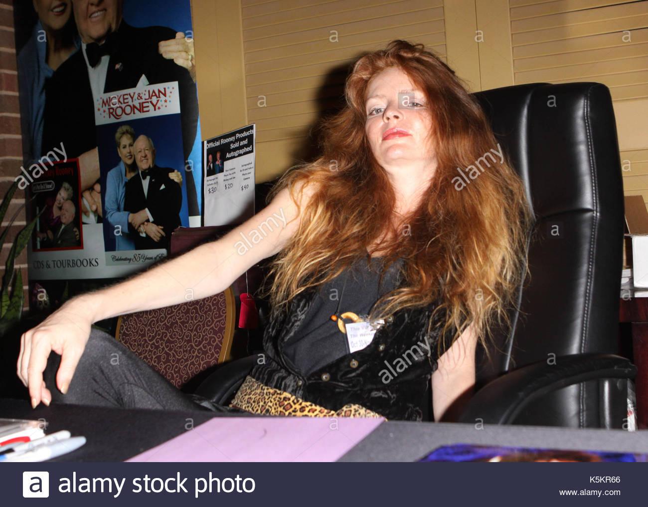 Louise Robey nudes (71 photo), Ass, Bikini, Feet, see through 2017