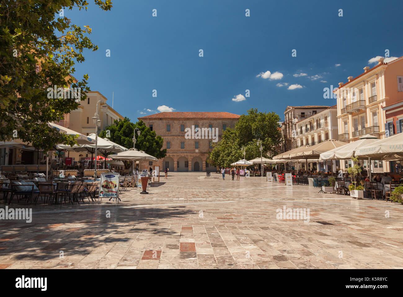 den syntagma platz in nafplion griechenland oder. Black Bedroom Furniture Sets. Home Design Ideas