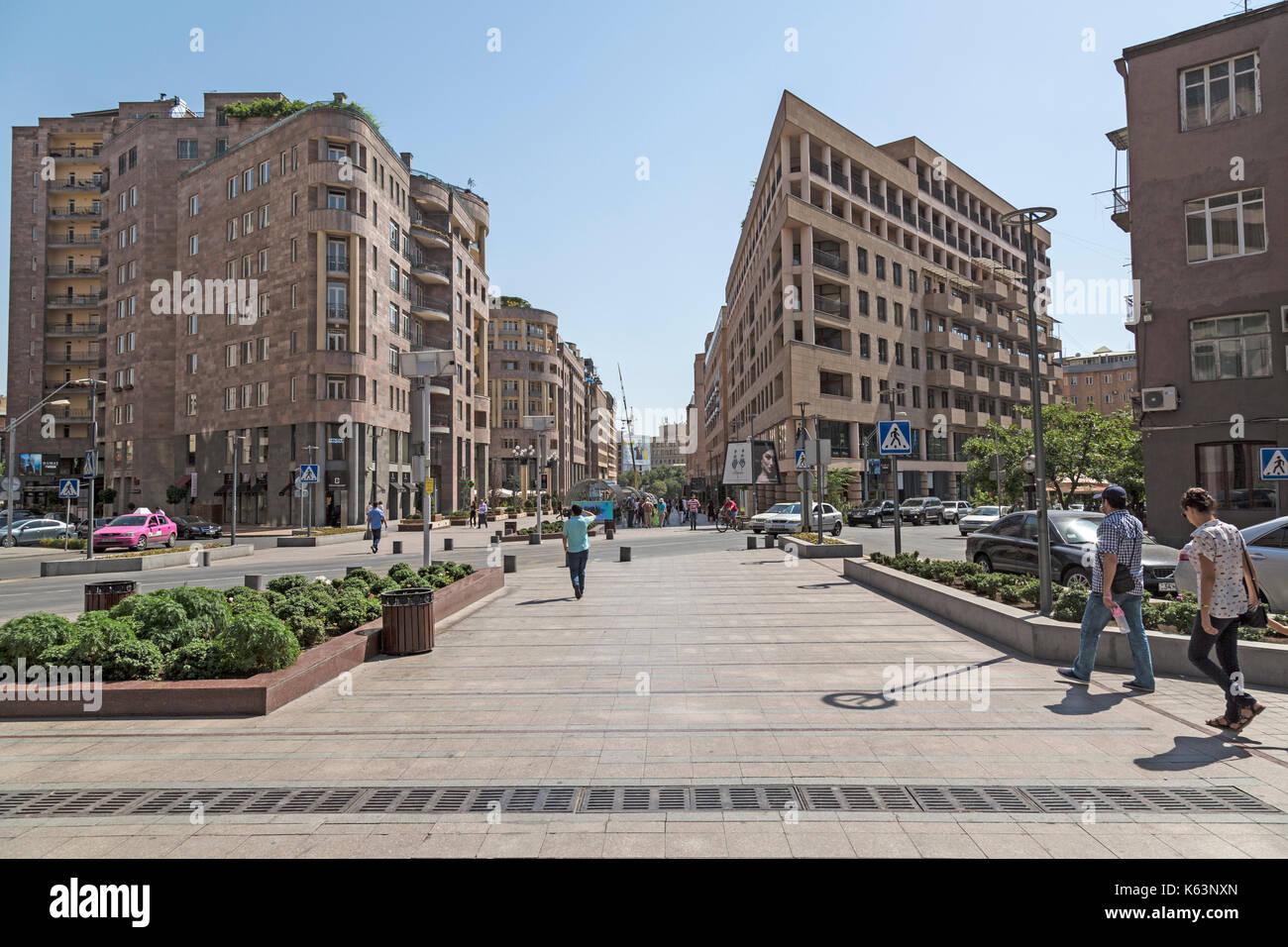 Gebaude Im Zentrum Von Eriwan Hauptstadt Von Armenien Stockfotografie Alamy